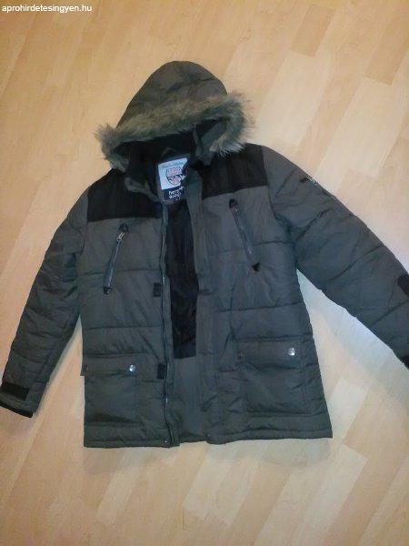 deee4e791f fiú téli kabát sok praktikus zsebbel - Eladó Használt ...