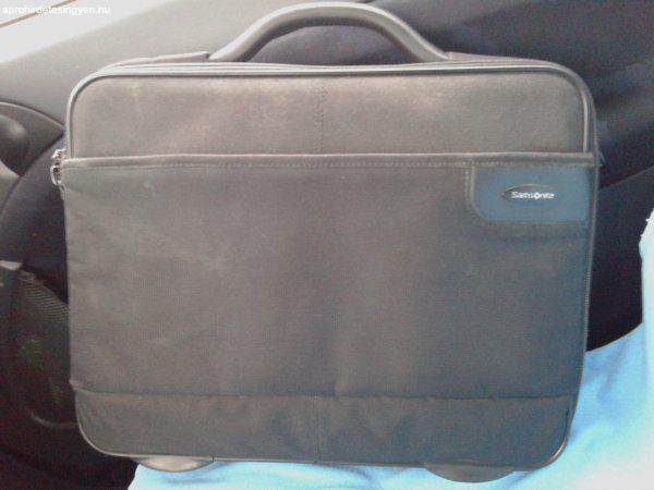 SAMSONITE laptop táska 15