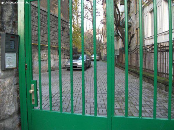 Budapest+XI.ker%FClet+M%E9nesi+%FAton+35m2+sz%E1raz+pince+rakt%E1rnak