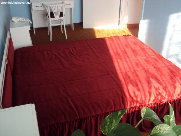 Használt hálószoba bútor , újszerű állapotban - Eladó Használt ...