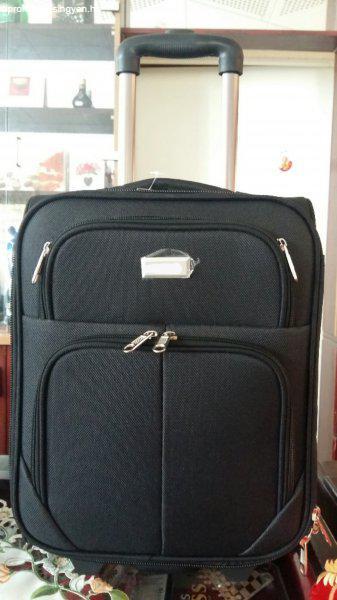 Gurulós kis bőrönd - Eladó - Budapest III. kerület - Apróhirdetés Ingyen 53c3c9718a