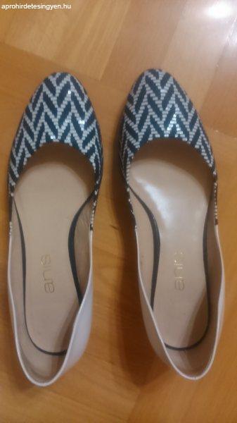 4c43565240a3 Női bőr cipő, kék-fehér, 38 - Eladó Használt - Budapest IV. kerület ...