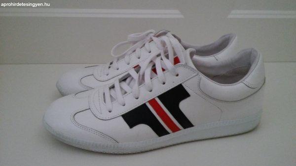 Tisza cipő (kézzel varrott e328876e07