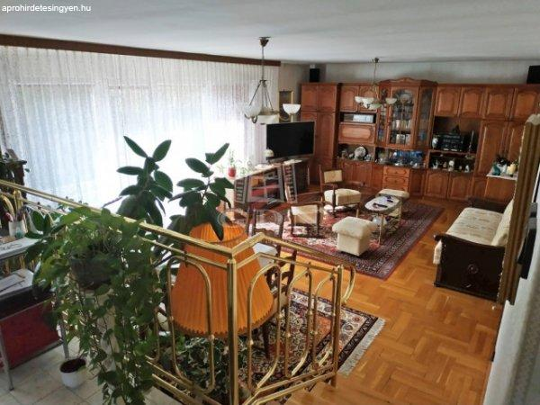 Budapest II., 100 m2, 115000000 HUF, 2 szoba, 2 félszoba [66