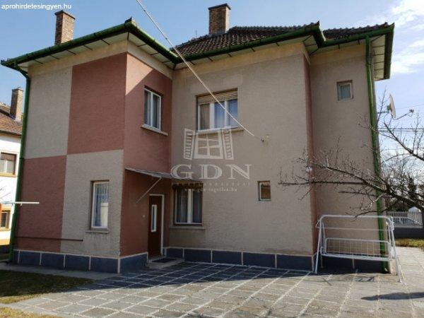 Budapest XXI., 180 m2, 59000000 HUF, 4 szoba [667_7634]