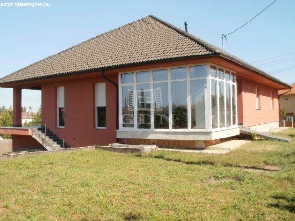Budapest XXIII., 330 m2, 110000000 HUF, 3 szoba [667_7654]